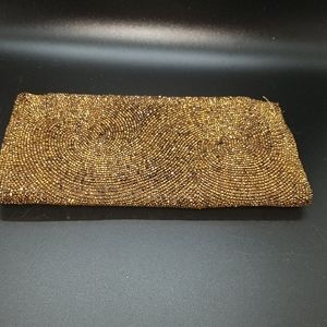 Vintage Saks Fifth Ave beaded walet/clutch